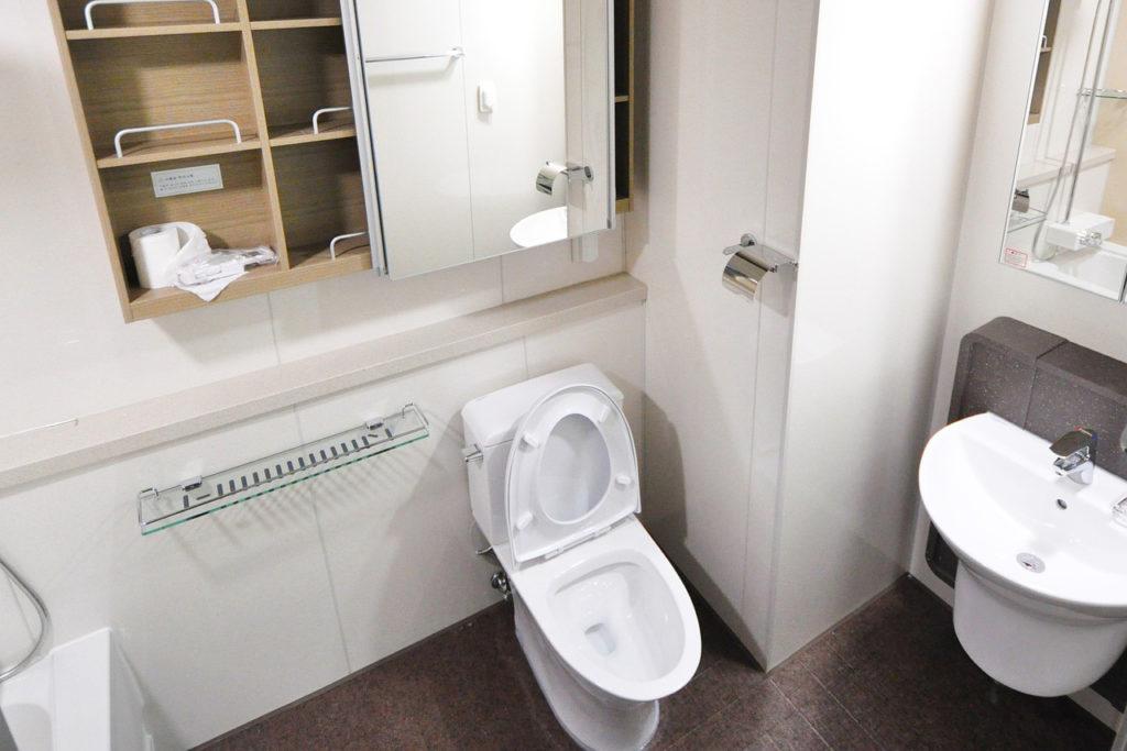 換気と掃除で清潔なトイレ環境
