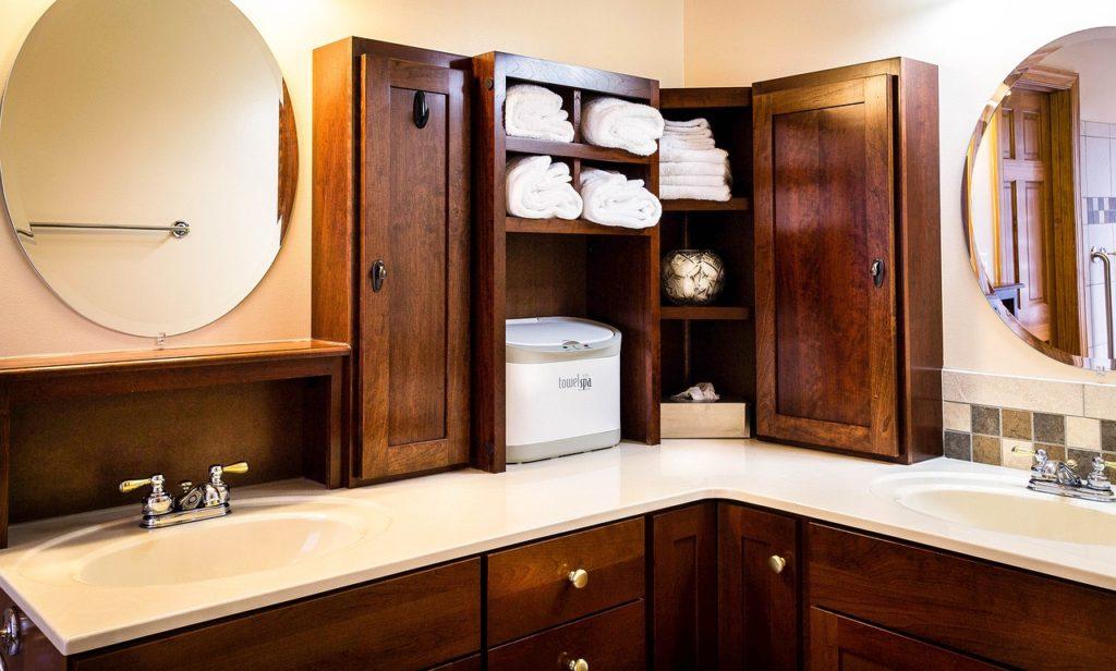 洗面所の収納棚