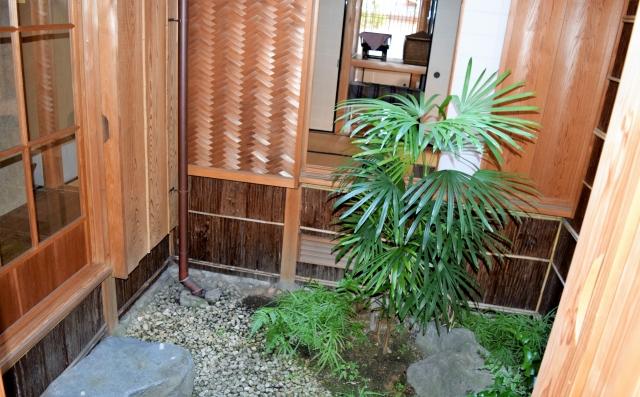狭小住宅こそ中庭をつくって解放感や採光性を確保しよう