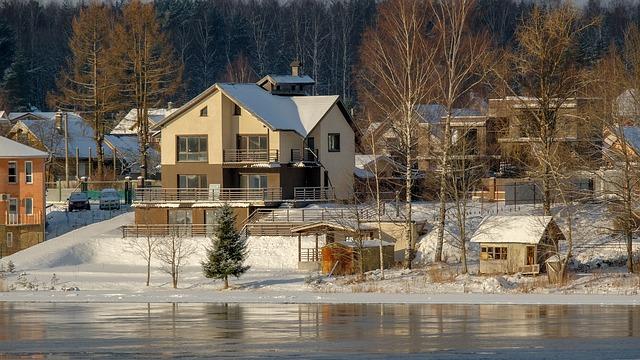 家の近くに大きな川や用水路はないか確認する