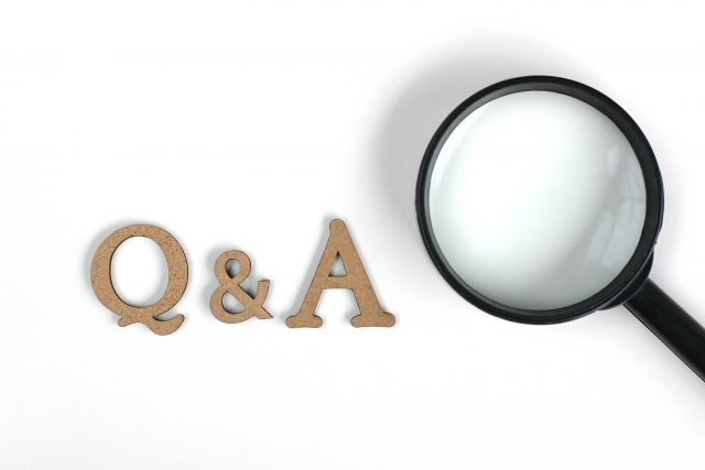 Q&Aの文字を虫眼鏡